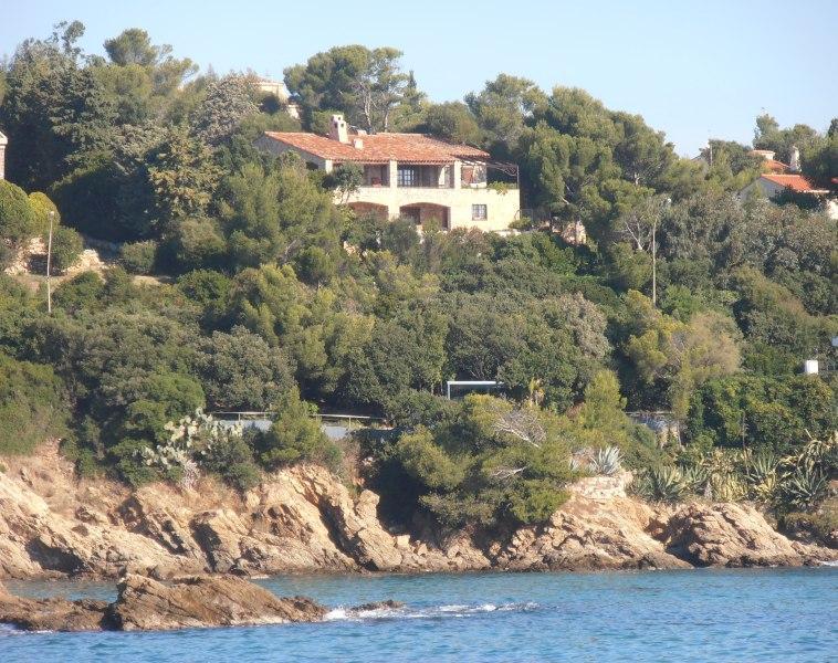 Look the villa