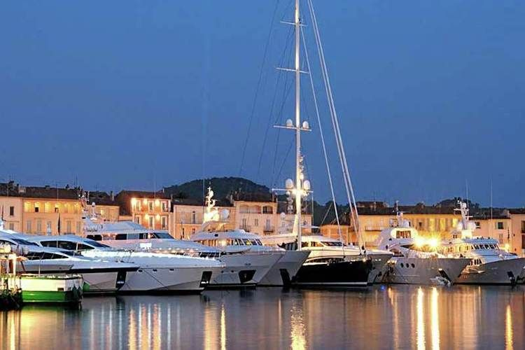 St-Tropez by night